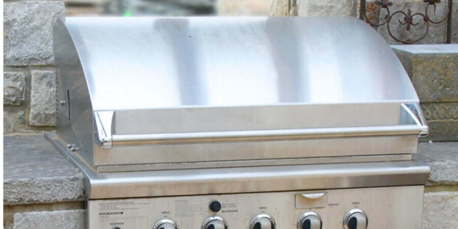 how do you clean an outdoor kitchen grill