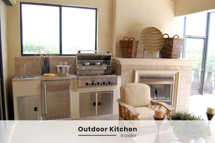 How to build an outdoor kitchen on a budget? Stucco and brick are affordable options for finishes