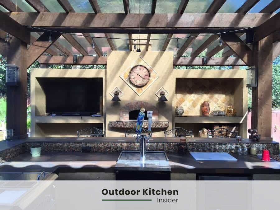 string lights at outdoor kitchen bar