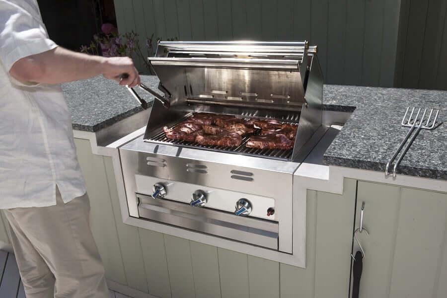 modern outdoor kitchen appliances