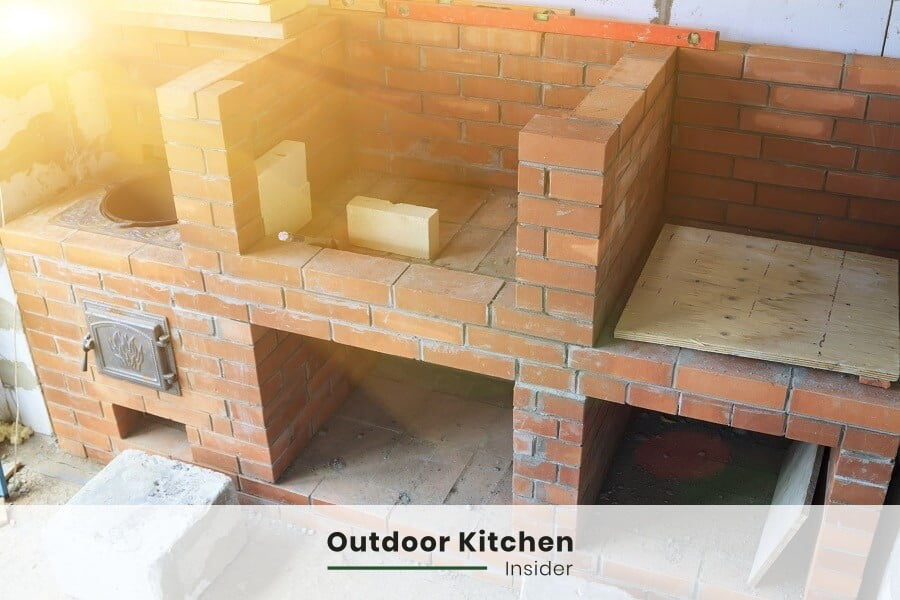 how long does it take to build an outdoor kitchen