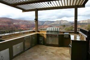 outdoor kitchen patio: storage