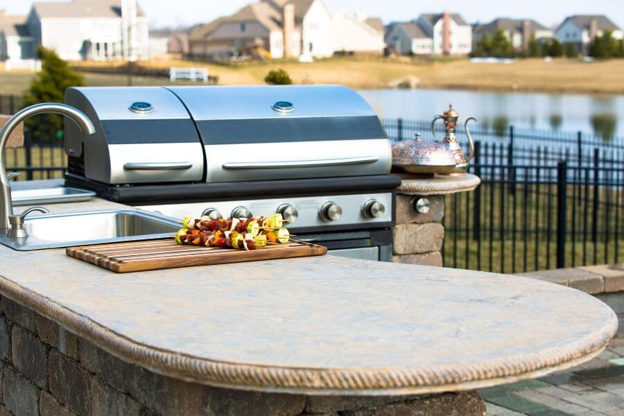 what to look for in an outdoor kitchen countertop
