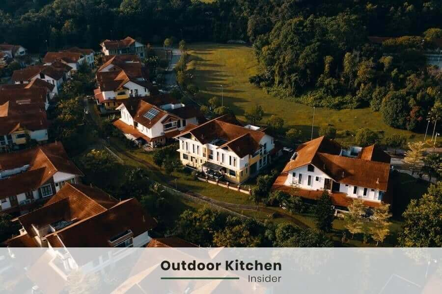 How much does an outdoor kitchen add to home value? How to figure if an outdoor kitchen will add value to home?