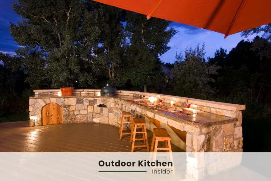 Outdoor Kitchen Essentials: Kamado