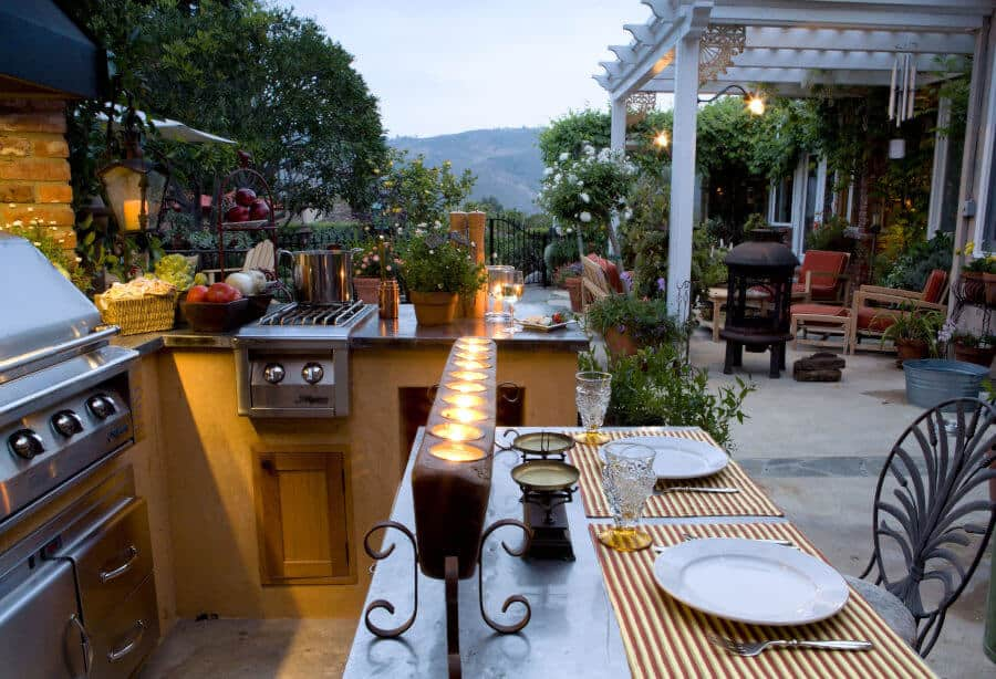 Lighting is something that makes an outdoor kitchen a specuial spot. It can enhance the style of it while used wisely. How to create a light for a simple outdoor kitchen? Tap the pic to read on my blog. #outdoorkitchen