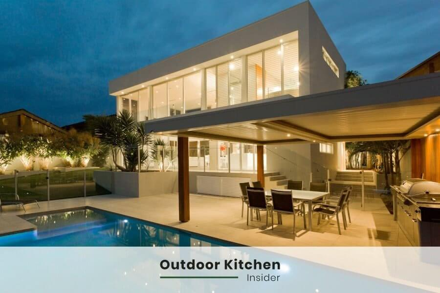 outdoor kitchen pool covered
