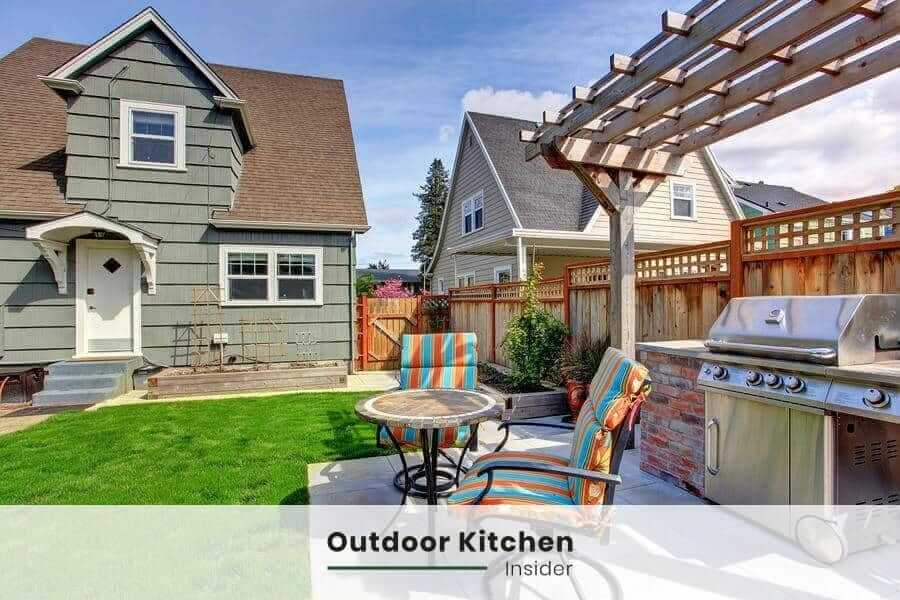 How much does a size influence a covered outdoor kitchen cost?