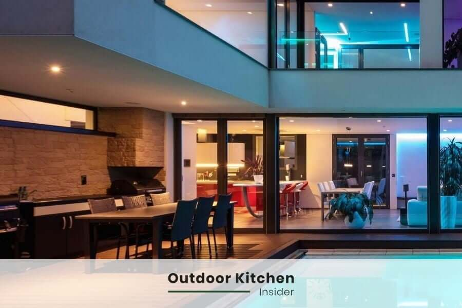 Outdoor kitchen lighting: Recessed lights