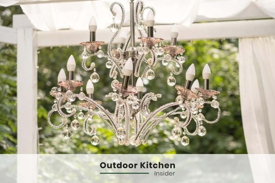 Outdoor kitchen lighting: A chandelier