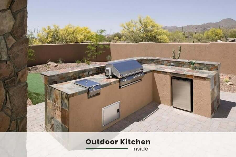 L-shaped outdoor kitchen island