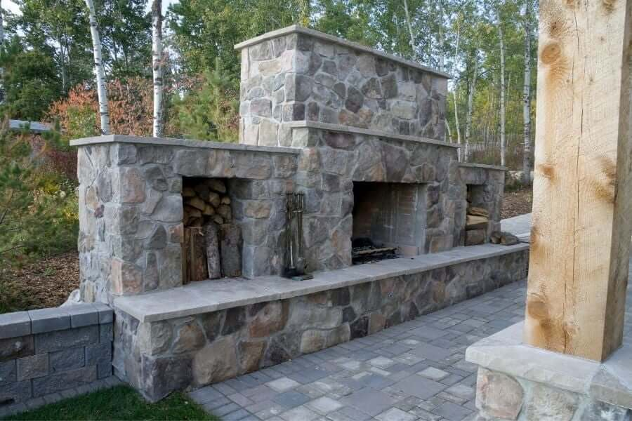 Outdoor fireplace ideas: modern stone fireplace