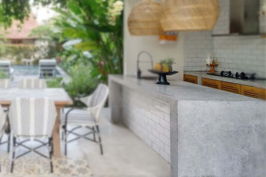 Outdoor kitchen layout: dry zone