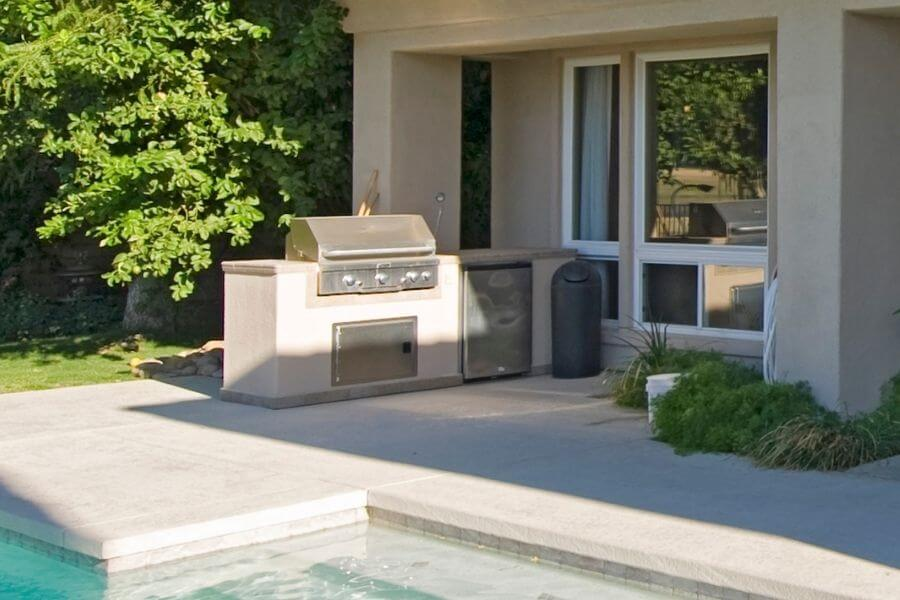 simple pool outdoor kitchen small