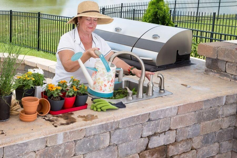 outdoor kitchen and potting bench