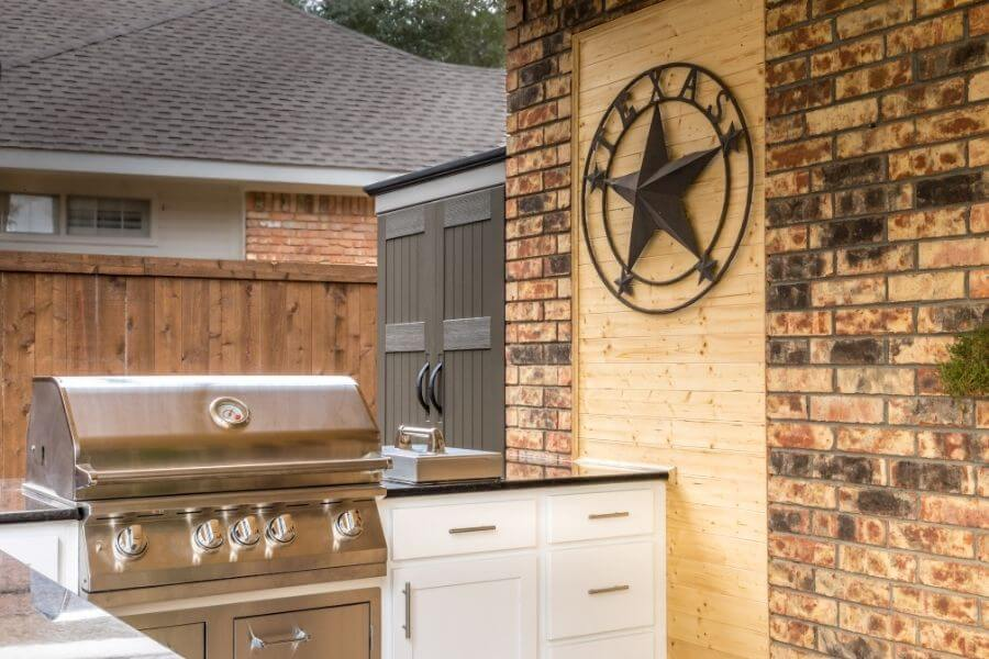 small grill outdoor kitchen texan