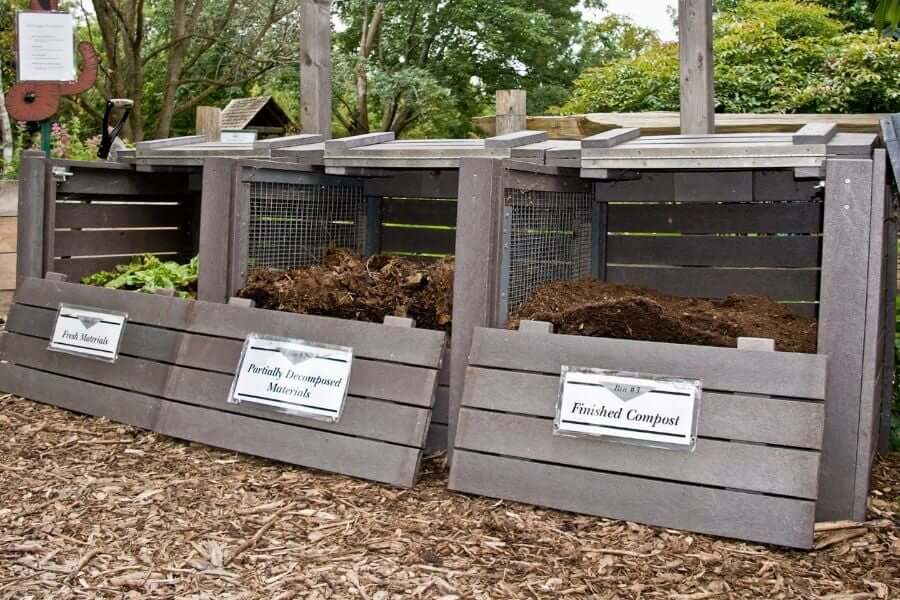 How do you make a compost step by step