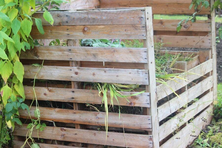how to make a pallets composter