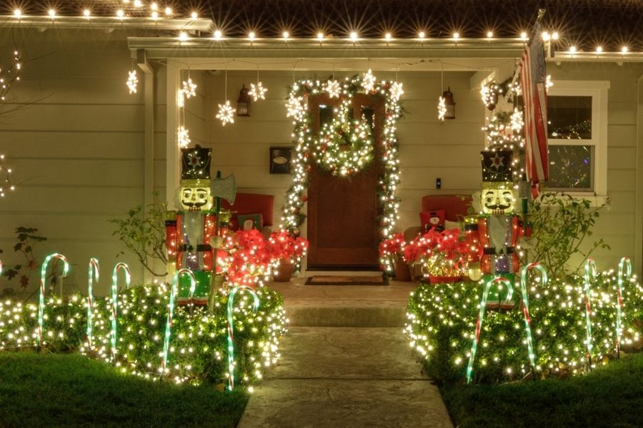 Ideas for Christmas Front Door Decorations large Christmas nutcracker decorations