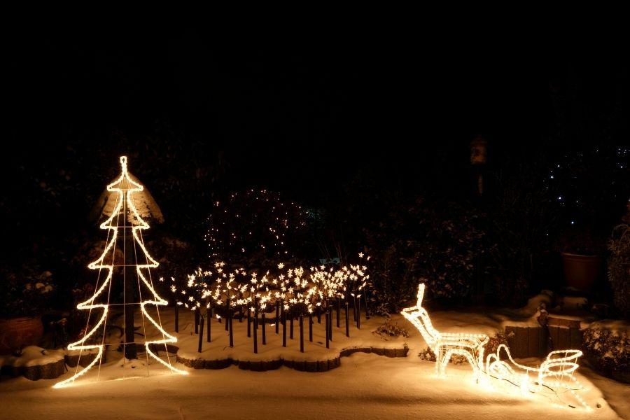 outdoor Christmas lights holiday decor star lights